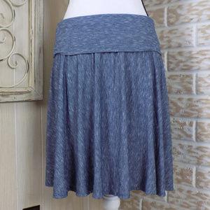 Max Studio stretch, flowy midi skirt